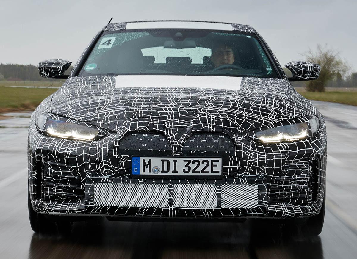 プロトタイプ緊急海外試乗! BMW初の純電動4ドアクーペ「i4」はビーエムのスポーツセダンらしさ全開のEVだ!!