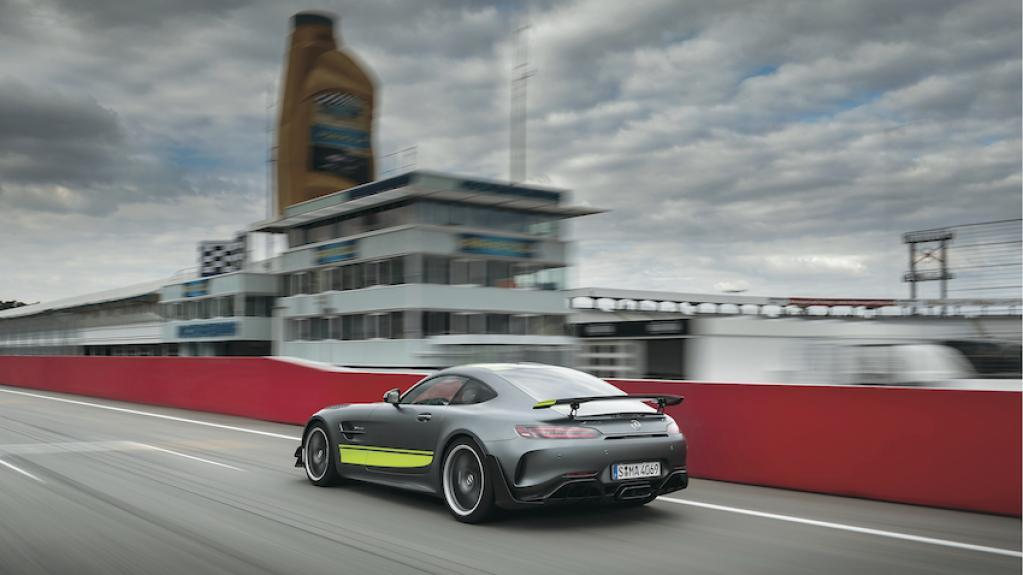 メルセデスAMG GTは一般道からサーキットまでこなせるマルチグレードを持つスポーツカーだった!