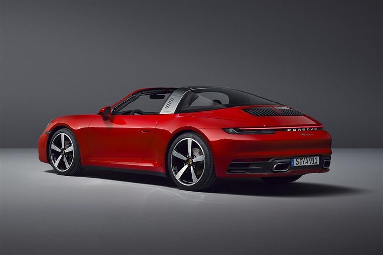 クーペとカブリオレの中間、新型911タルガ受注開始。欧州では新開発MTの設定も