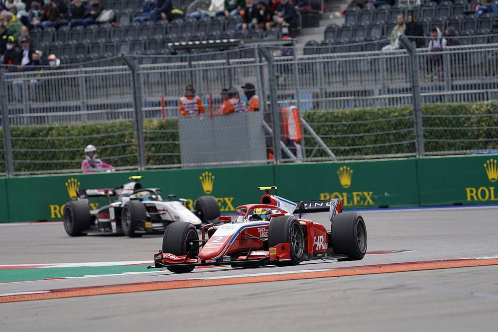 F2ソチ:ランキング首位のピアストリがレース3快勝。佐藤万璃音は6ポジションアップの14位