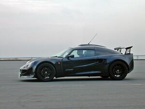 【懐かしの輸入車 10】ロータス エキシージは、まさに公道を走れるレーシングカーだった!