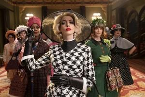 美しくも恐ろしいアン・ハサウェイ主演『魔女がいっぱい』