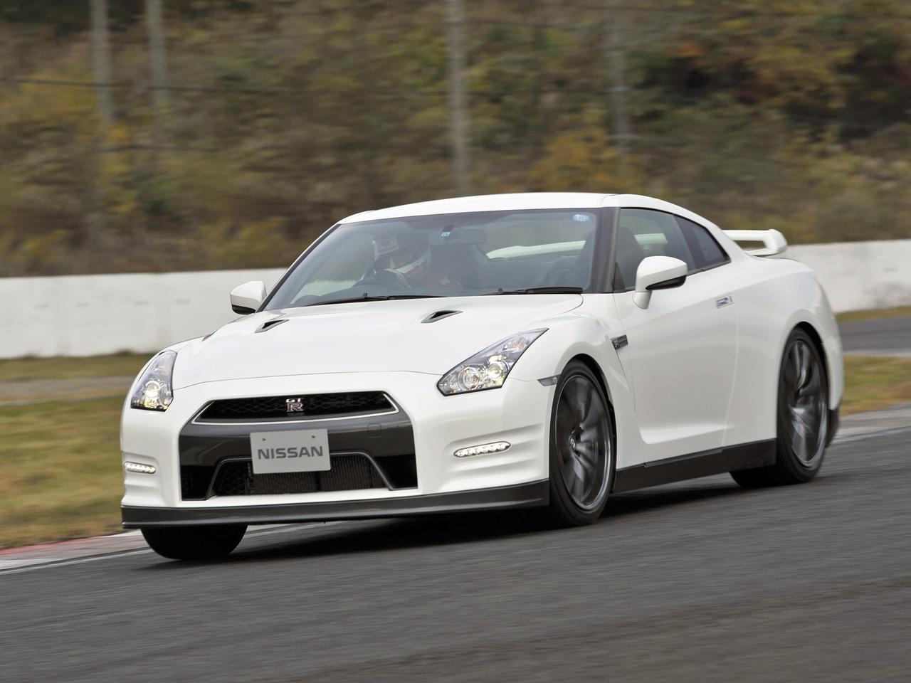 【試乗】日産 GT-Rが2011年モデルで手に入れた「テールを破綻させない」基本性能【10年ひと昔の新車】