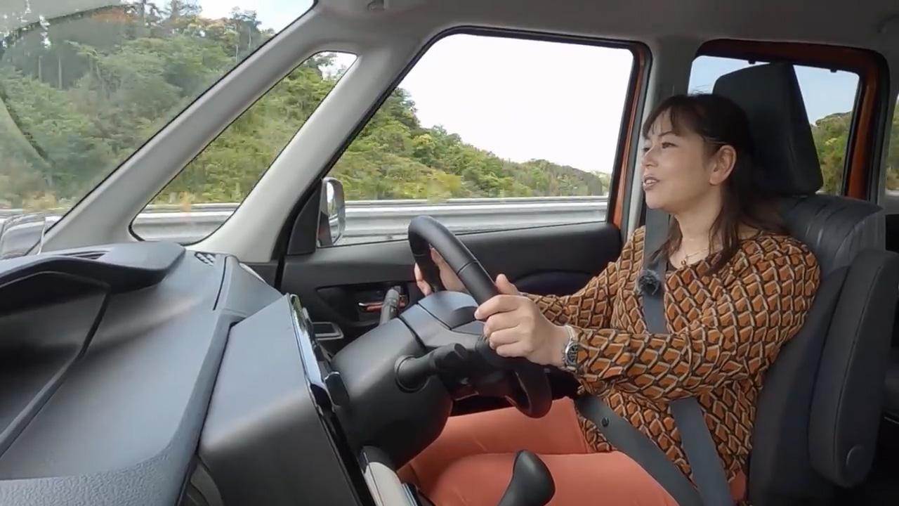 【動画】竹岡 圭のクルマdeムービー「スズキ ソリオ」(2021年6月放映)