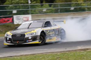 日本発祥の逆輸入モータースポーツ!フォーミュラドリフトジャパン開催