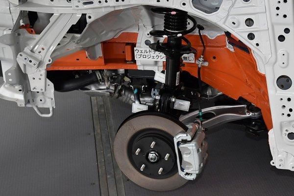 スバル【ドライブモードセレクト】と【電子制御ダンパー】を現役メカニックが解説|ダンパー脱着時