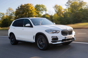 BMW 「X5」にPHEVとV8エンジン搭載モデルを追加