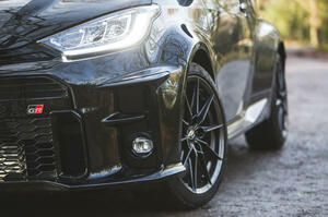【小さくても楽しい】最高のホットハッチ 10選 コンパクトな車体にスポーツカー並の性能