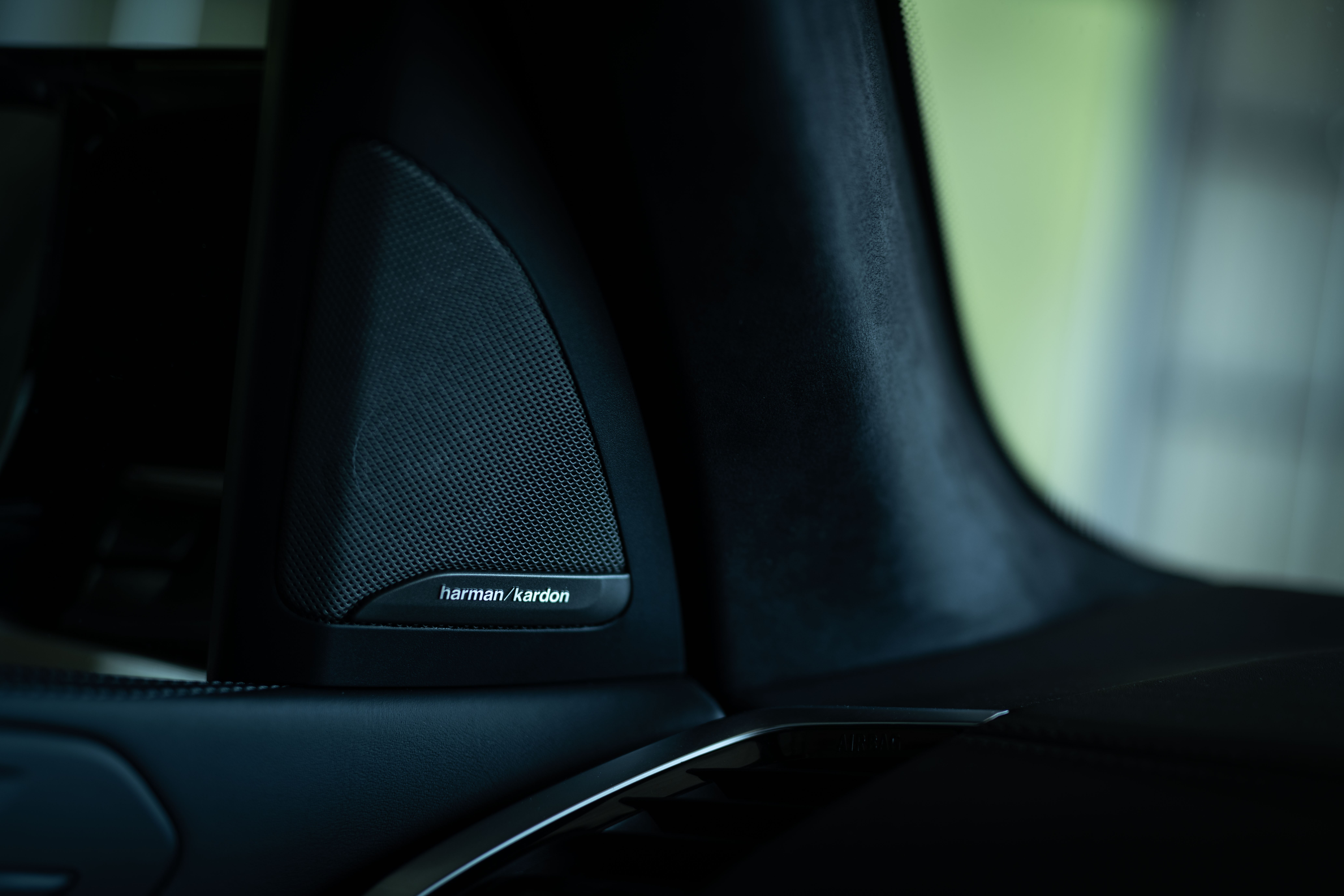 """豪快さのなかにもある""""やさしさ""""とは? BMW X5 M試乗記"""