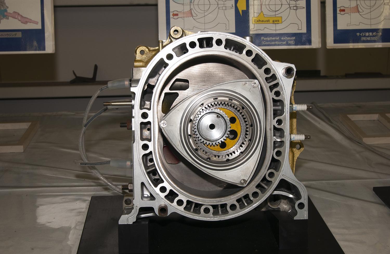 小型軽量の「ロータリー」が最適解! マツダの技術はレンジエクステンダーEVにぴったりだった