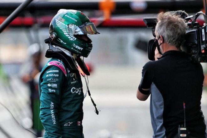 ストロール「何の兆候もなかったので、なぜストレートでスピンしたのかわからない」:アストンマーティン F1第6戦決勝