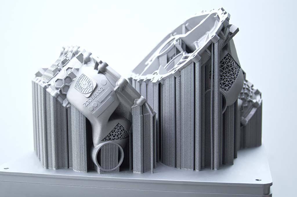 ポルシェが電動スポーツカー用ハウジングを3Dプリンターで製作