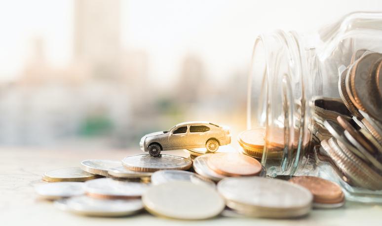 年間の自動車保険料、最も多いのは「5万円~10万円」