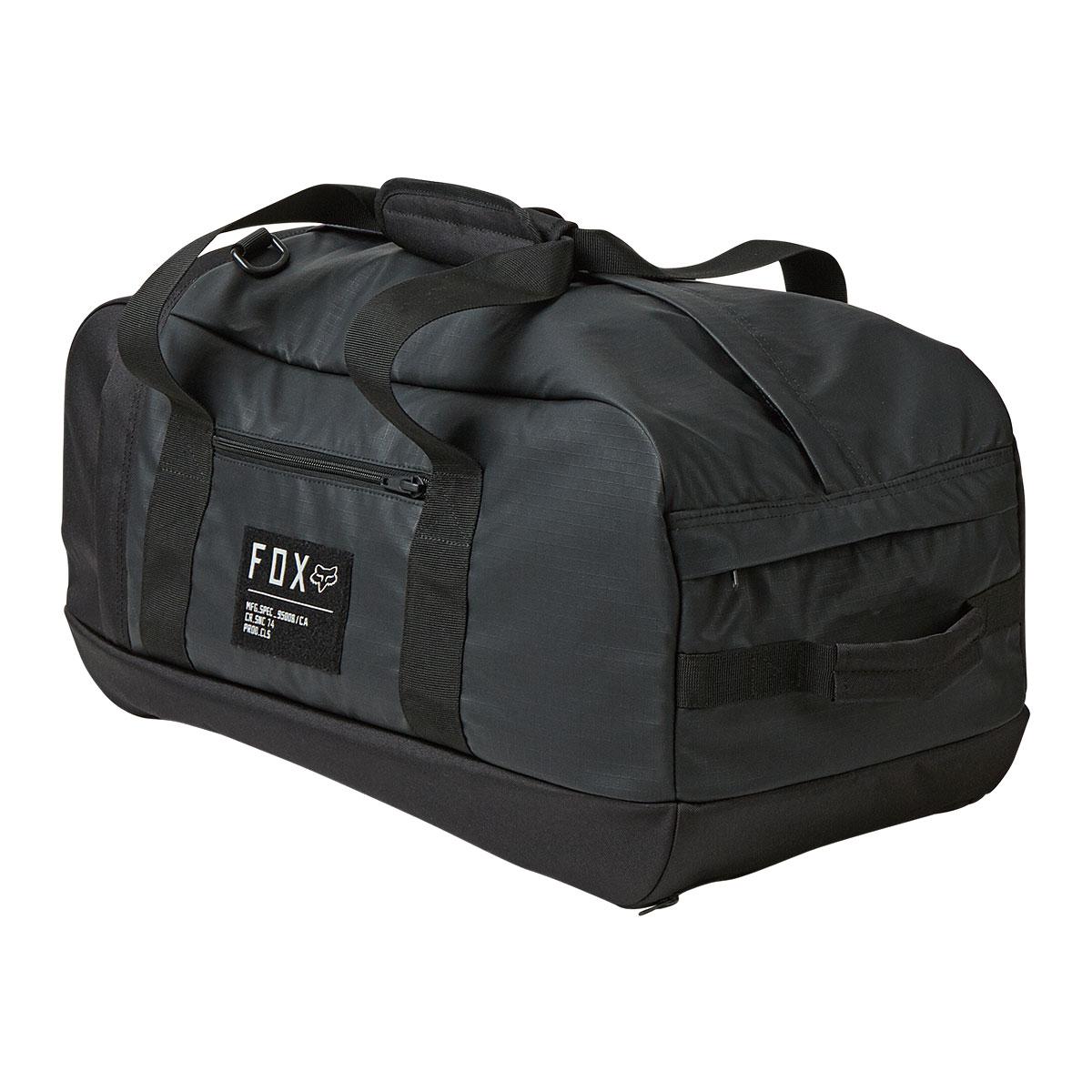 ダッフルバッグからバックパックまで。FOX新作一気に登場