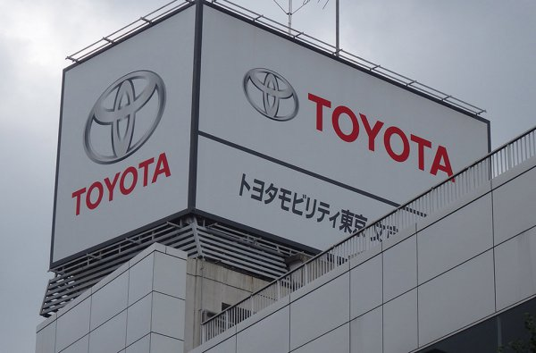 ディーラー数だけじゃない!? 売れまくるトヨタ一強の理由には多くの秘策あり!!