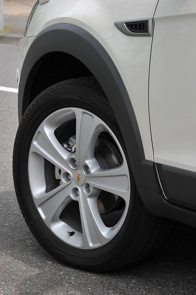 3列7人SUVの先駆け!? シボレー・キャプティバ(2011年7月~2018年12月)|中古車選びに役立つ「当時モノ」新車試乗記
