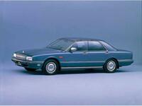 日産 シーマ 1988年1月〜モデルのカタログ画像