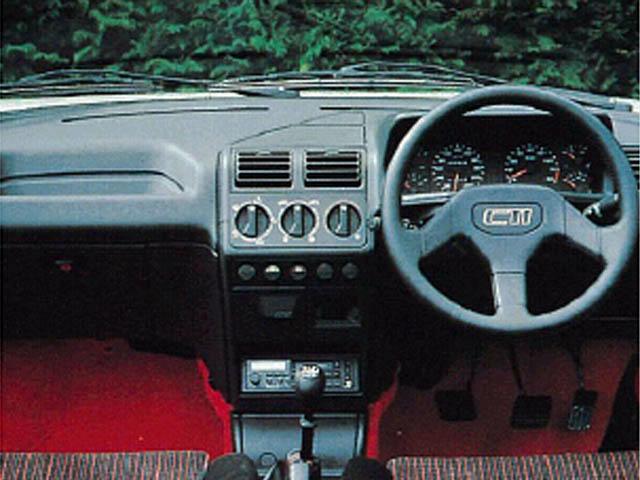 プジョー 205カブリオレ 新型・現行モデル
