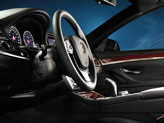 BMWアルピナ B5 2013年11月〜モデル