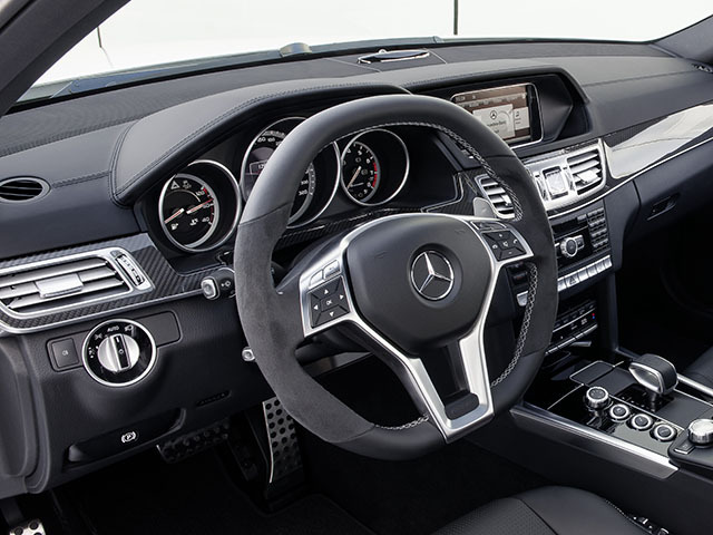 AMG Eクラスワゴン 2015年4月〜モデル