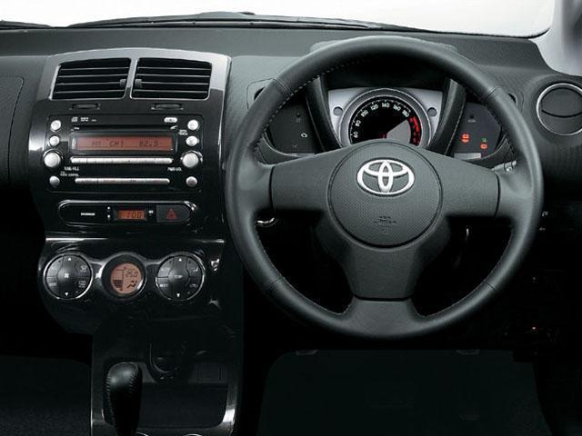 トヨタ ist 新型・現行モデル