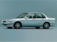 三菱 ギャラン 1989年10月〜モデルのカタログ画像