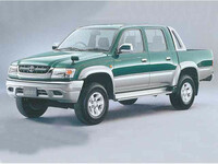 トヨタ ハイラックス 2001年8月〜モデルのカタログ画像