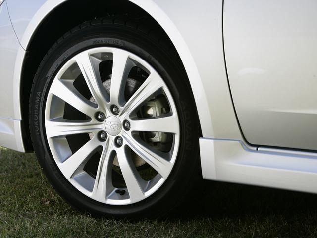 スバル インプレッサアネシス 新型・現行モデル