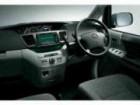 トヨタ ヴォクシー 2004年8月〜モデル