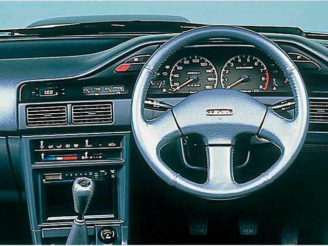 トヨタ カローラレビン 新型・現行モデル