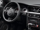 アウディ A4オールロードクワトロ 2013年10月〜モデル