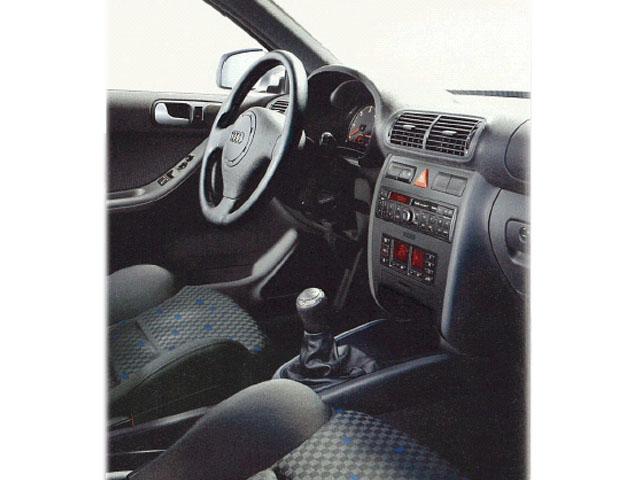 アウディ A3 2002年4月〜モデル