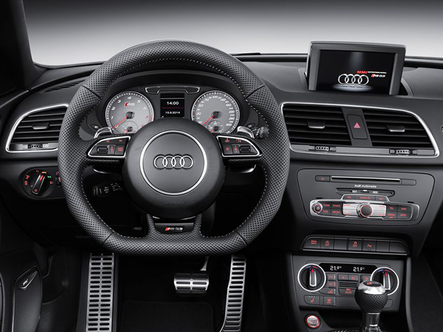 アウディ RS Q3 新型・現行モデル