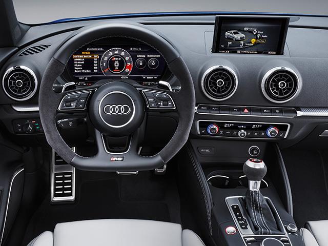 アウディ RS3スポーツバック 新型・現行モデル
