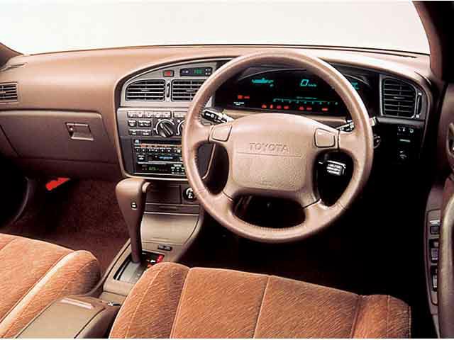 トヨタ カムリ 1991年5月〜モデル
