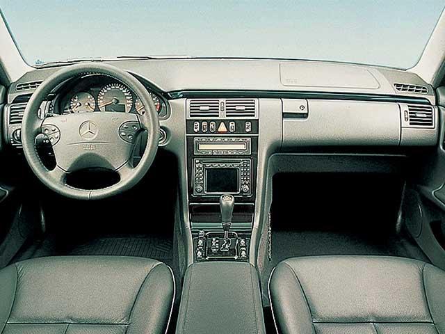 メルセデス・ベンツ Eクラスワゴン 2000年8月〜モデル