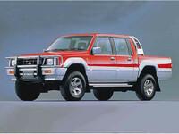 三菱 ストラーダ 1991年5月〜モデルのカタログ画像