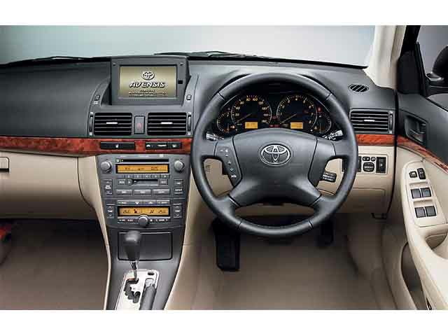 トヨタ アベンシス 新型・現行モデル