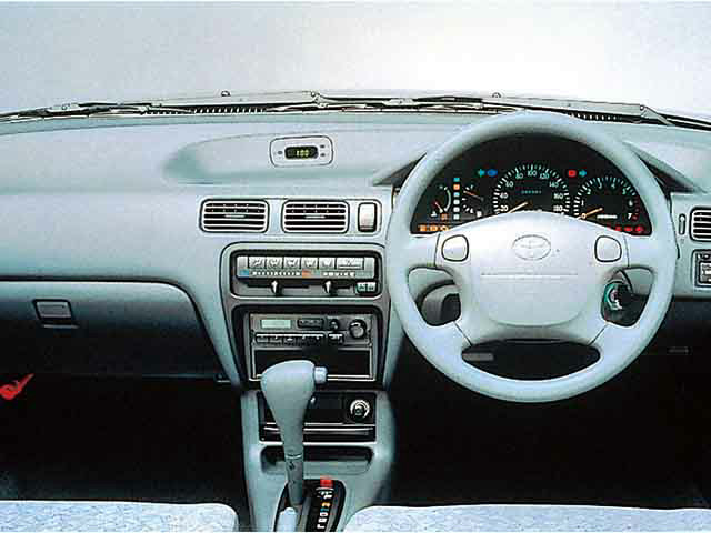 トヨタ コルサセダン 1994年9月〜モデル