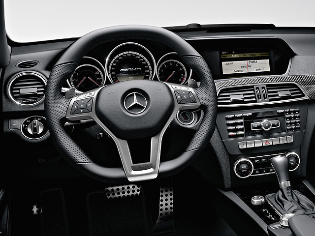 AMG Cクラスワゴン 新型モデル