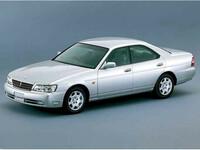 日産 ローレル 1999年8月〜モデルのカタログ画像