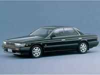 日産 ローレル 1991年11月〜モデルのカタログ画像
