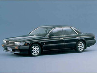 日産 ローレル 1991年1月〜モデルのカタログ画像