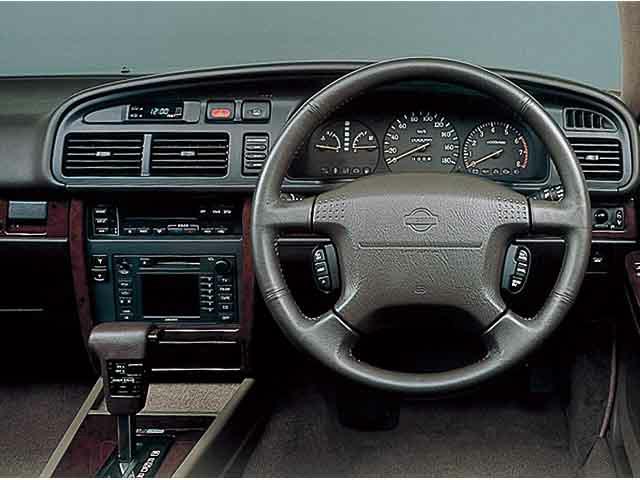 日産 グロリアセダン 1996年9月〜モデル