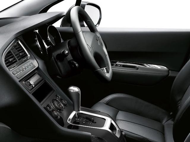 プジョー 5008 新型・現行モデル