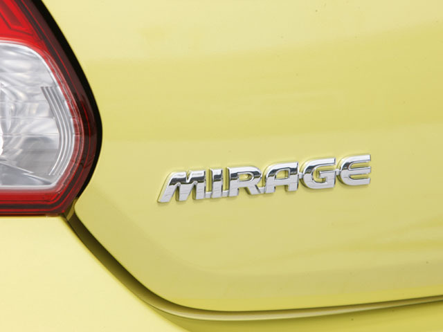 三菱 ミラージュ 2014年8月〜モデル