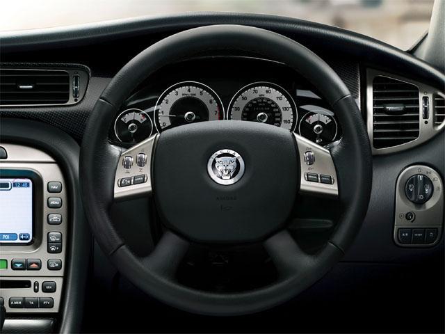 ジャガー Xタイプエステート 新型・現行モデル