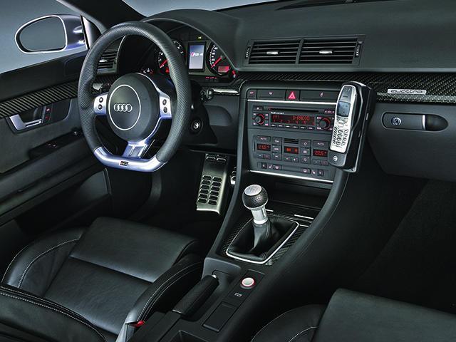 アウディ RS4 新型・現行モデル