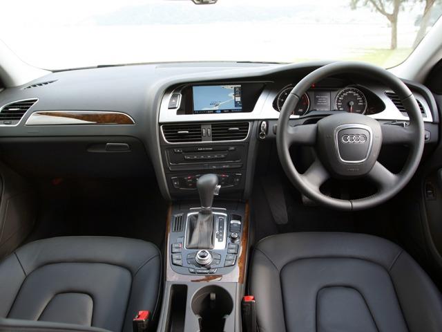 アウディ A4 2008年3月〜モデル