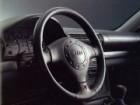 アウディ A4 1995年10月〜モデル